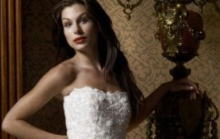 claude charlebois photographe photographer montreal quebec canada mode fashion wedding dress robe mariée femme beauté beauty woman romantique romantic victorian victorien castle château