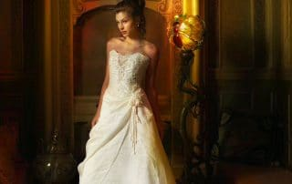 claude charlebois photographe photographer montreal quebec canada mode fashion wedding dress robe mariée femme beauté beauty woman romantique romantic victorian victorien