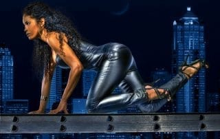 woman femme mode fashion catwoman leather daredevil cuir sexy nuit night