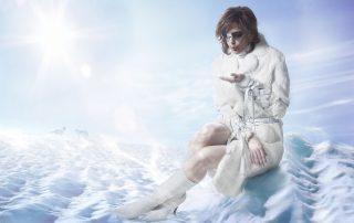 Woman winter fashion. Mode hiver femme