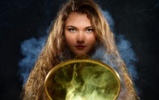 bewitching, witch, magic, magical, smoky, mysterious, mystical, woman, beauty, trance, portrait, artistic, envoûtant, sorcière, magie, magique, mystérieux, mystique, femme, beauté, transe, artistique